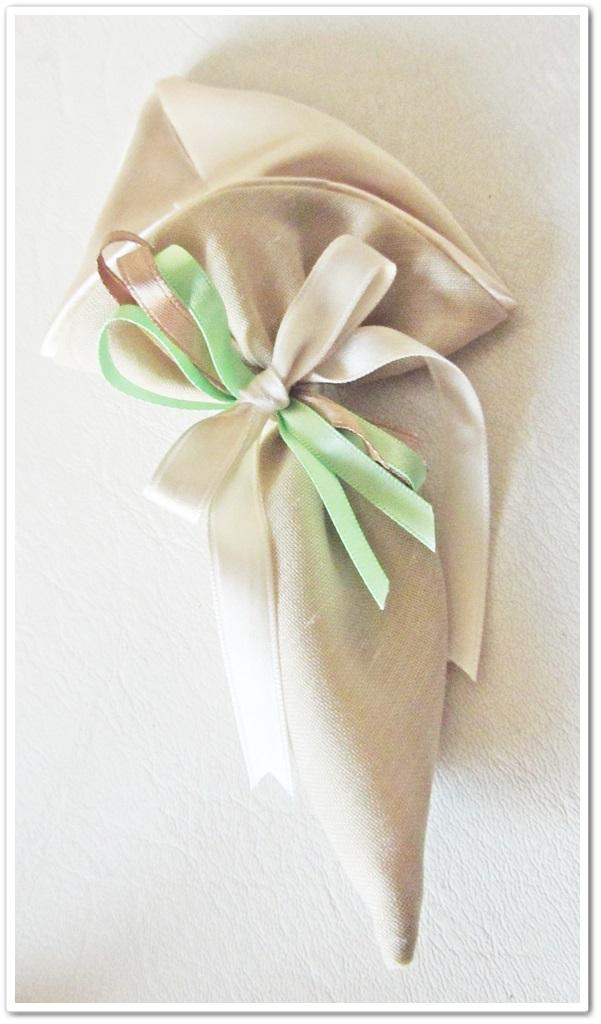Confezioni esclusive con semi di fiori o piante aromatiche da piantare